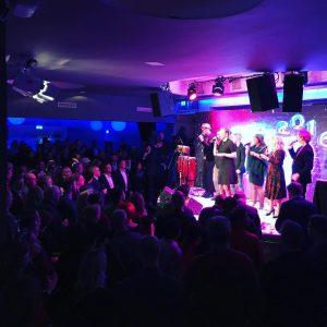 Vocal Brand gigar på Tietos julfest